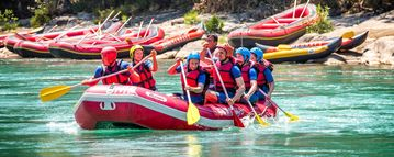 TUI BLUE group rafting on the river